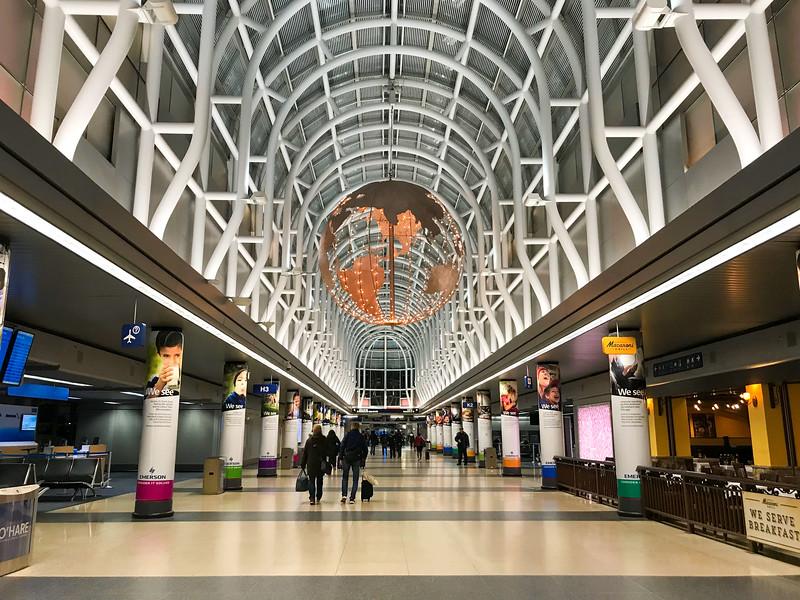 Chicago O'Hare International Airport (1).jpg