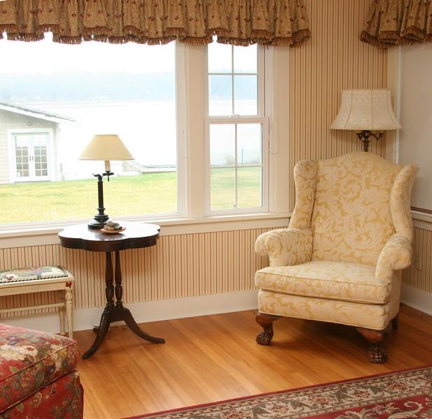 Cottage Living Room 1.jpg