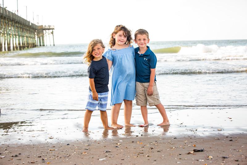 Family beach photos-122.jpg