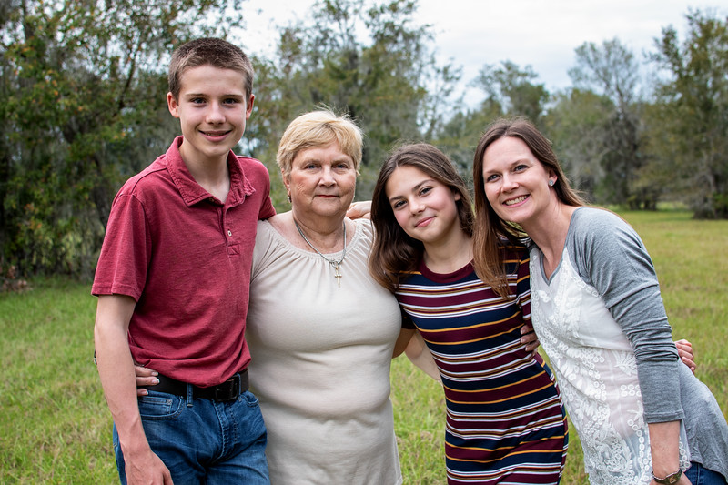 Barta family sin PJ.jpg