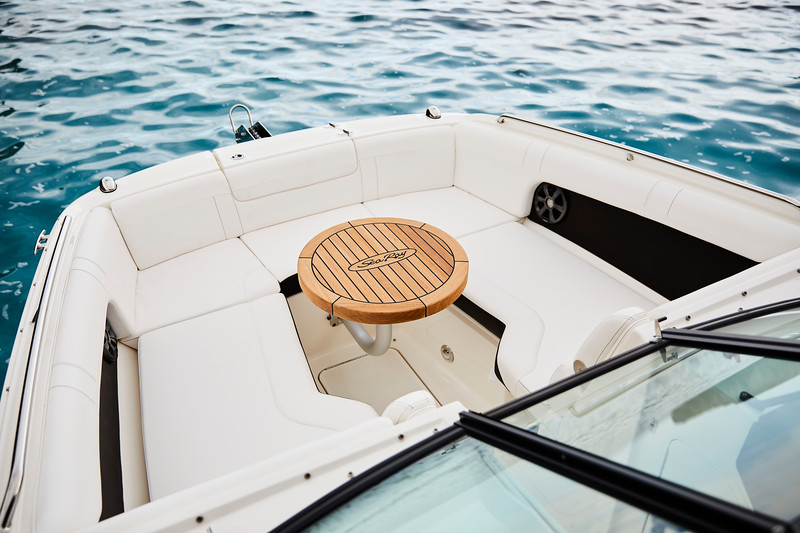 2020SDX-270-bow-seating (4).jpg