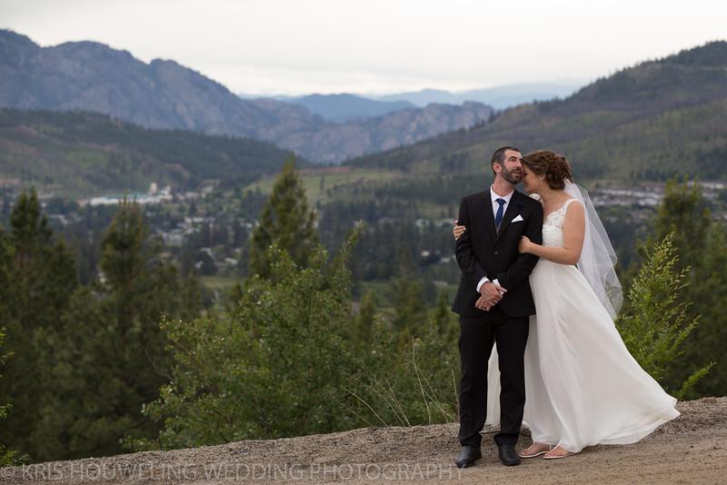 Copywrite Kris Houweling Wedding Samples 1-102.jpg