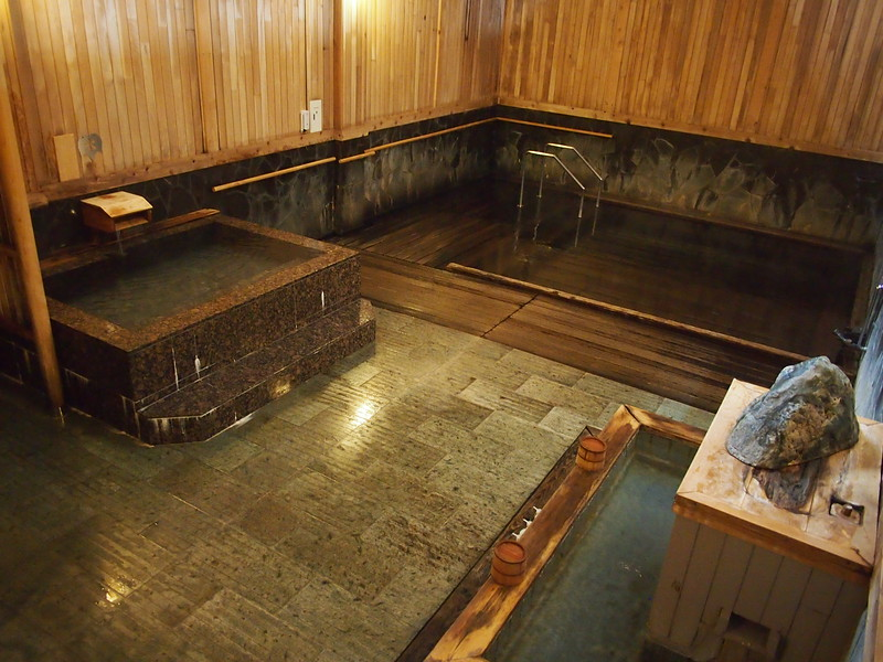 P9307838-hot-and-cold-baths.JPG