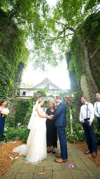 Garrett & Lisa Wedding (338).jpg