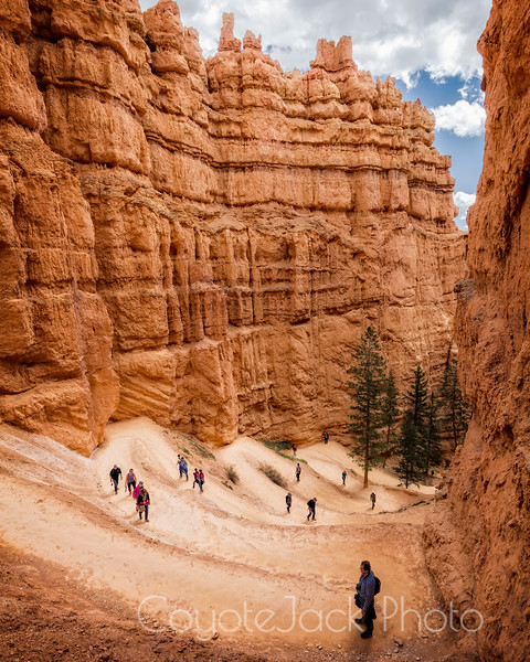 Hiking into Bryce