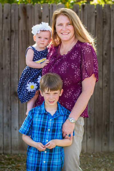 03-27 Hanson Family-207.jpg