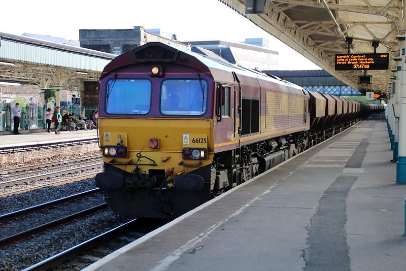 66125 0747/6B95 Acton-Port Talbot passes Newport   13/06/14