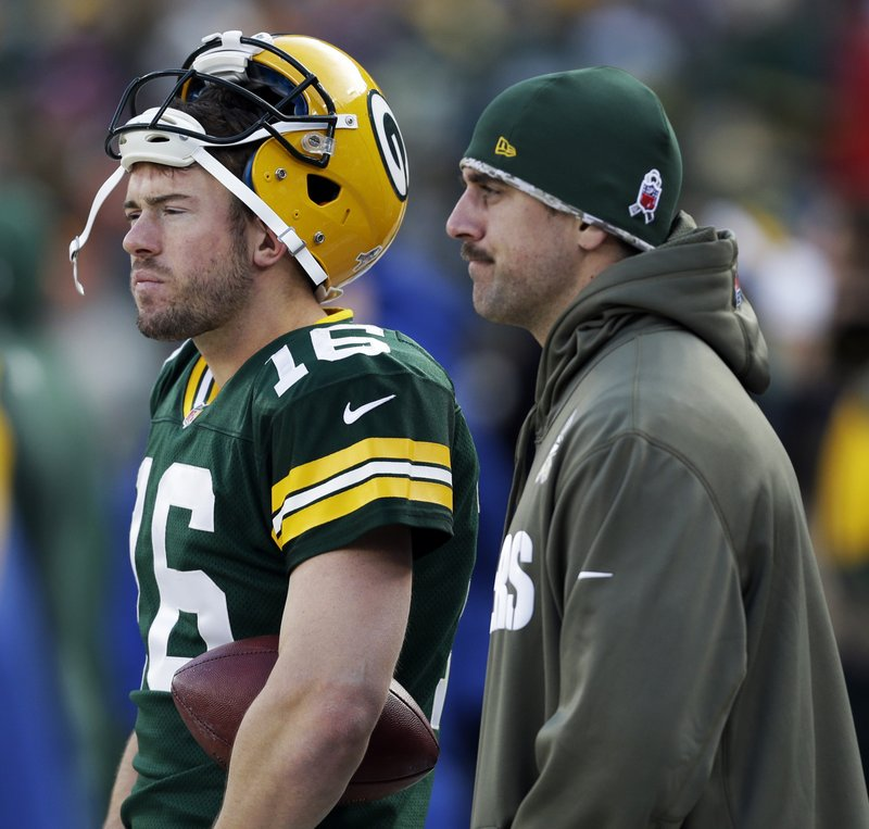 . <p><b> Packers at Giants (-5):</b> Green Bay QB Scott Tolzien will get his first career start in place of Aaron Rodgers. The Packers settled on the former Wisconsin QB because Bart Starr and Zeke Bratkowski stopped taking their phone calls. Pick: <b>Giants by 7</b> <p>    (AP Photo/Mike Roemer)