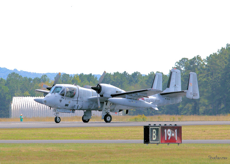 Grumman OV-1D Mohawk  s/n 162C   N10VD