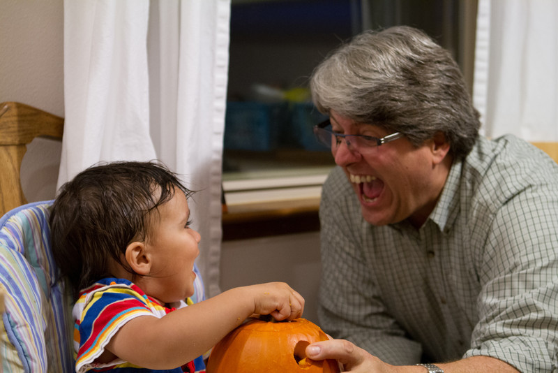 PumpkinCarving-160.jpg