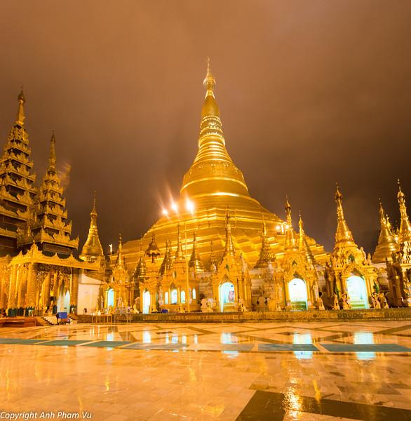 Yangon August 2012 135.jpg