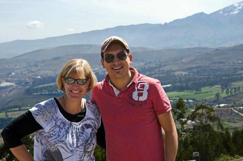 Sue and our guide, Marcelo Guerra Léon