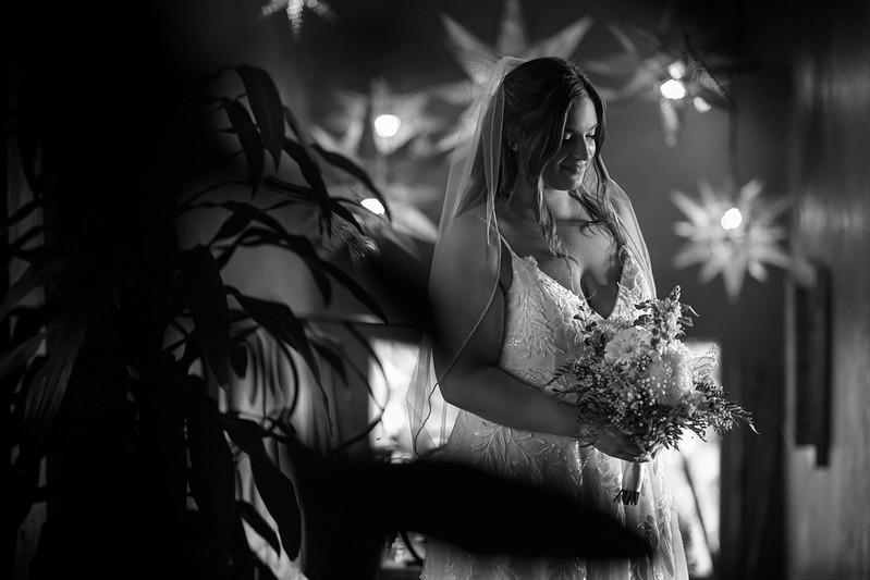 Rebecca-Andy-3-Newlyweds-63-Edit.jpg