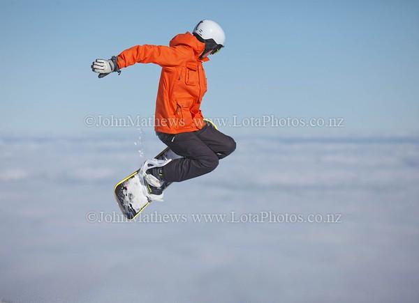 20120718 Snow Boarders on Turoa ski field _MG_5246 WM