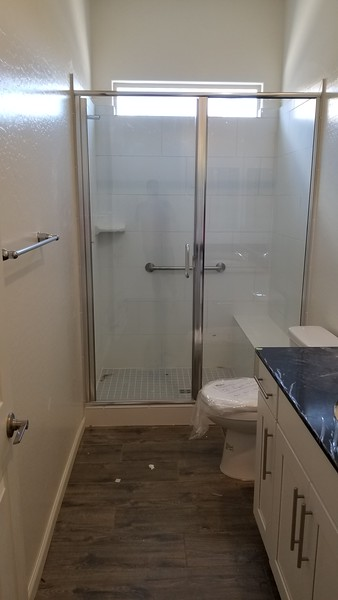 2019-05-26 Shower Glass