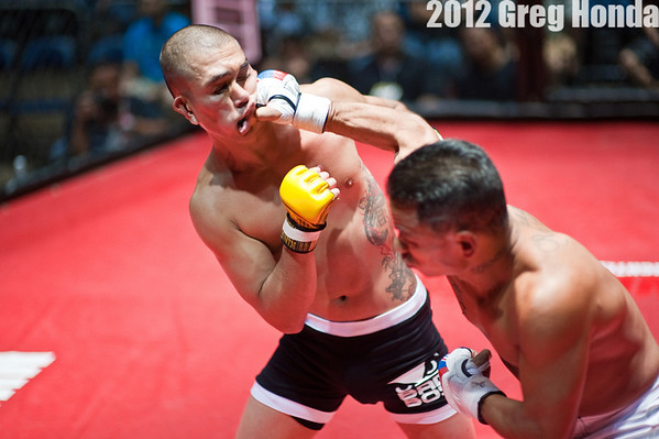 Cody Santos vs Tony Rodrigues