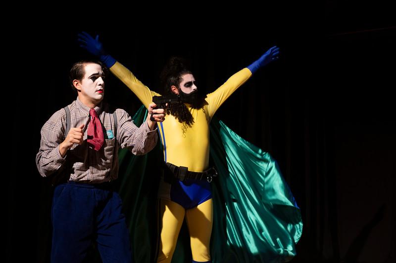 Allan Bravos - essenCIA Teatro - Persona 07-61.jpg