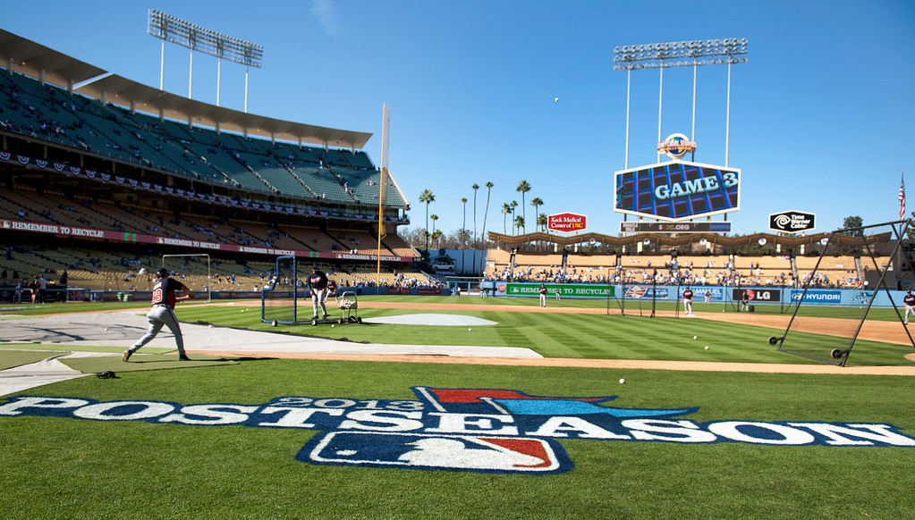 . Atlanta Braves batting practice before game 3 of the NLDS at Dodger Stadium Sunday, October 6, 2013. (Photo by Hans Gutknecht/Los Angeles Daily News)