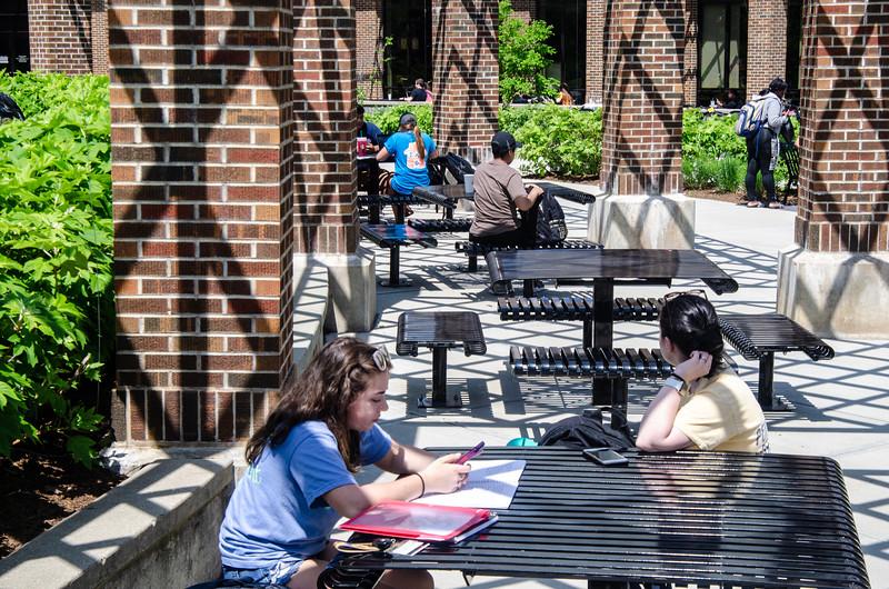 05-07-19 Campus Scenes 02_DSC8089.jpg