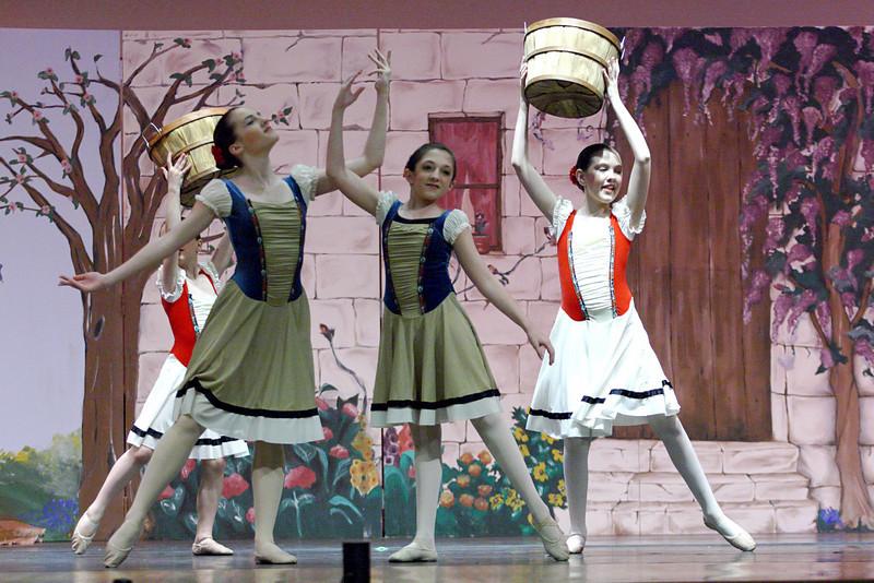 dance_050209_338.jpg