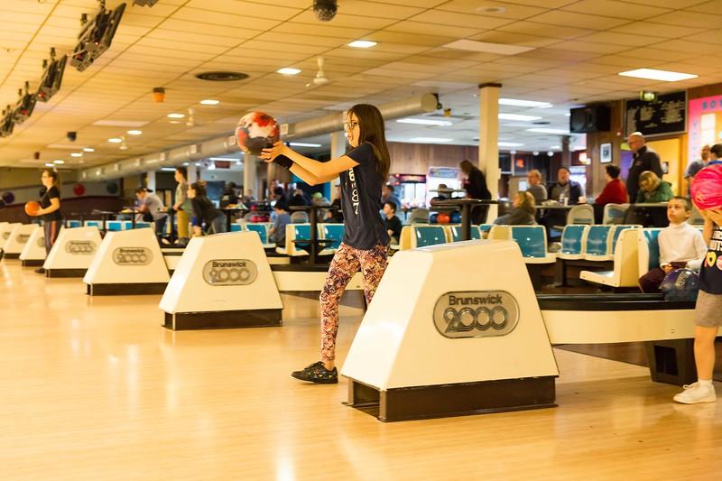 Maddie bowling-9454.jpg
