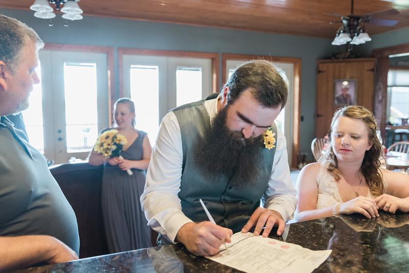 ELP0224 Sarah & Jesse Groveland wedding 2650.jpg