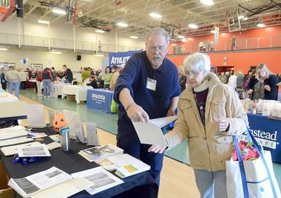 Dan Lipinski hosts senior fair