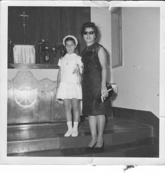 1ª comunhão Andrada 1966- Ana Maria e a mãe - Esperança Josefa