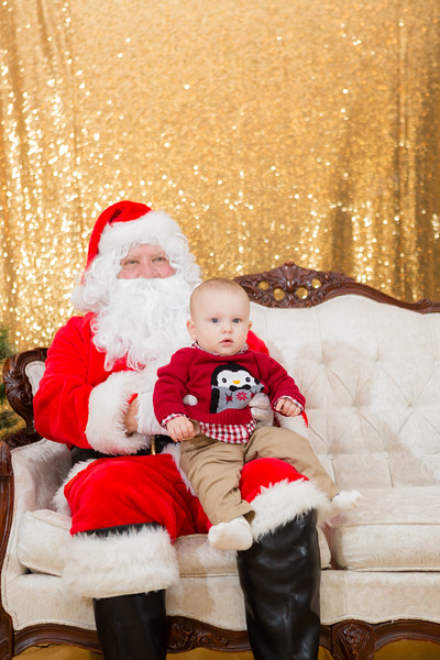 FADS Picture with Santa-188.jpg