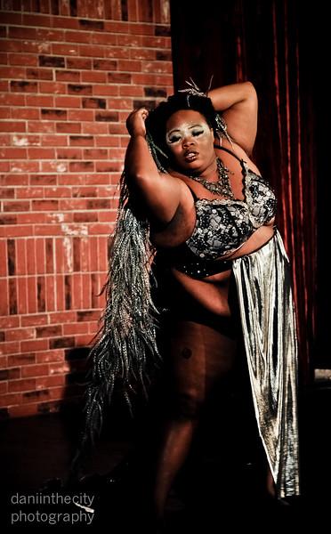 Burlesque (16 of 88).jpg