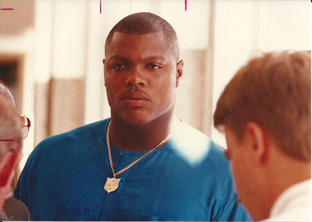 . Former Detroit Lions player Reggie Rogers outside the courtroom in Oakland County Circuit Court in August 1989. The Oakland Press/file photo