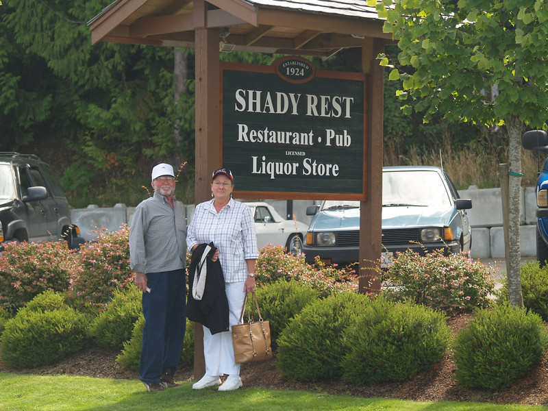 Lunch stop at the Shady Rest Pub in Qualicam Beach
