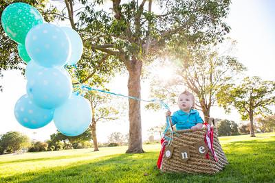 Childrens birthday parties, invitations, cake smash