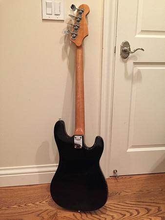 Hondo II Bass