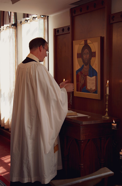 Ceremony_Rings Rosary_Blessing_0303.JPG