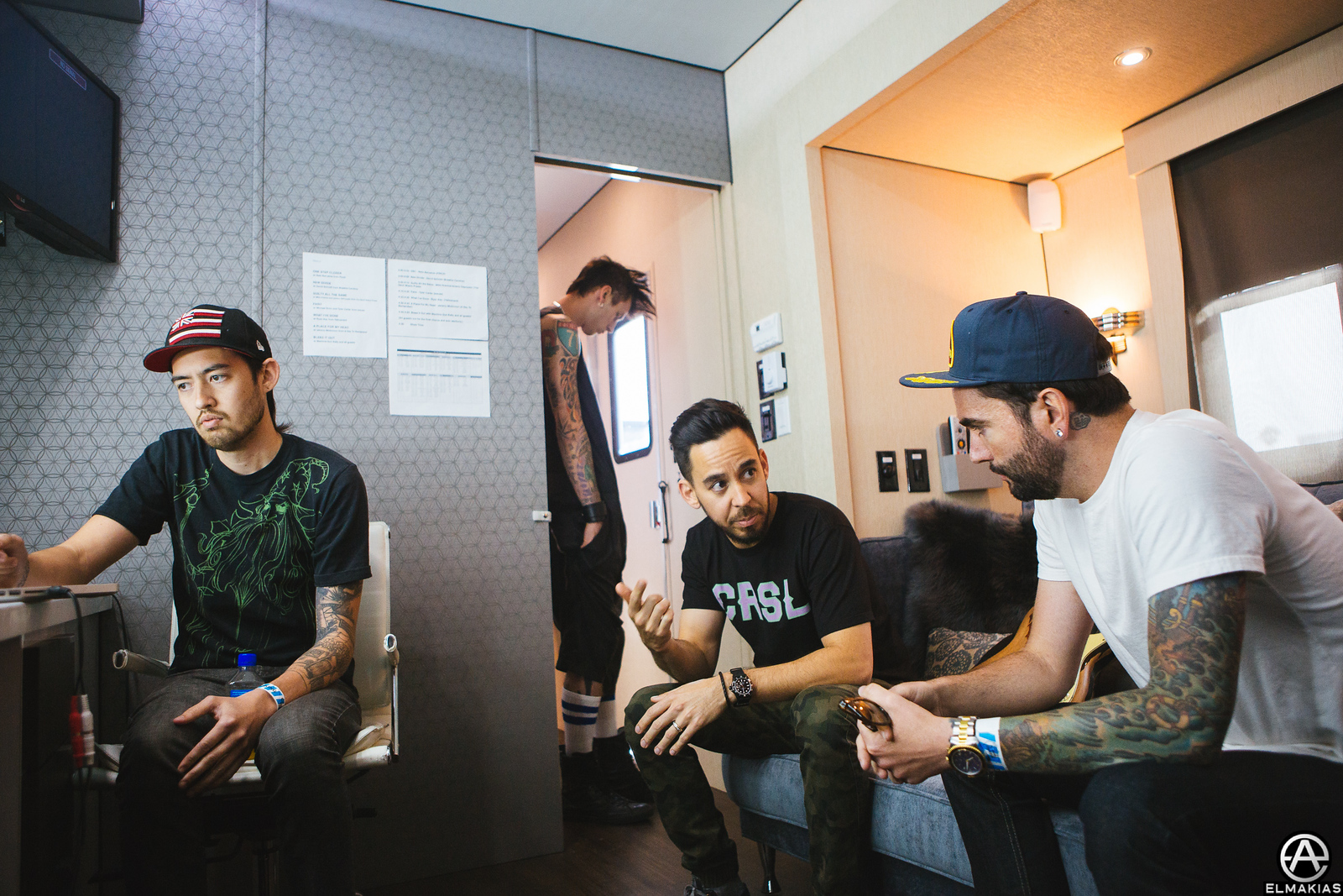 Jeremy warming up with Mike Shinoda of Linkin Park