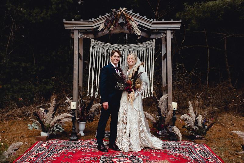 Requiem Images - Luxury Boho Winter Mountain Intimate Wedding - Seven Springs - Laurel Highlands - Blake Holly -1134.jpg