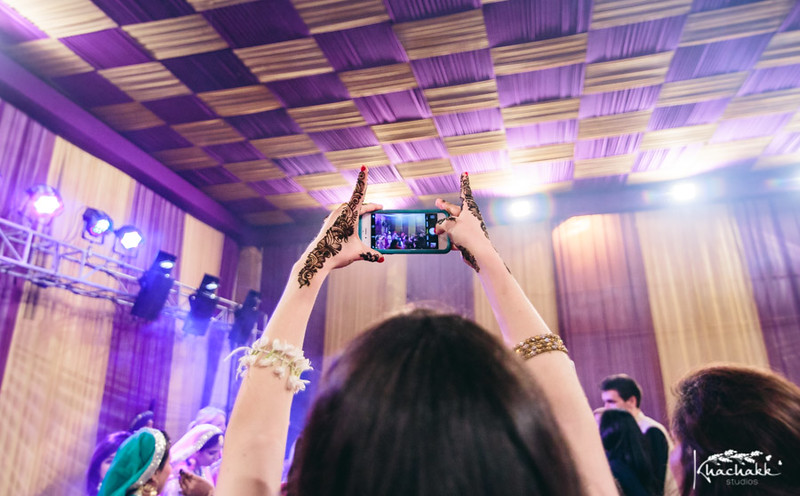 best-candid-wedding-photography-delhi-india-khachakk-studios_22.jpg