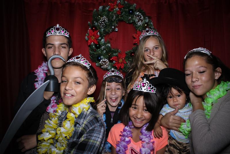 Good Shepard Lutheran School Christmas Boutique 2014-121.jpg