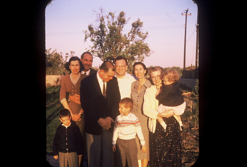 What great photo! The Givens come to Anaheim. Howard & Bubbles, Burt & Nan, Bob Cohen, Eda Appel, Janet. The two boys look like John & Howard, but I'm guessing the one on the right is Bobby.