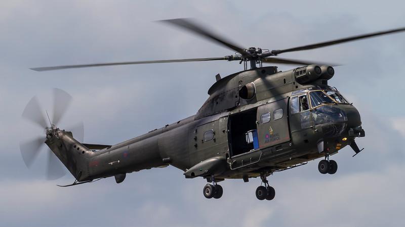 XW214-AerospatialeWestlandSA330PumaHC1-RAF-FFD-EGVA-2015-07-17-_A7X4605-DanishAviationPhoto.jpg