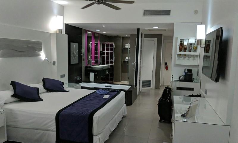 1 Jamaica hotel.jpg_1524542456142.jpeg