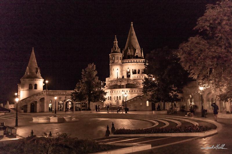 Night glows in pavillon near Buda Castle