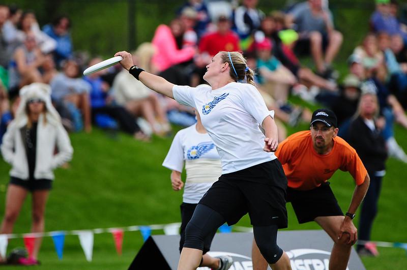 FHI_USAU_2011_Final_Wom_0475.jpg