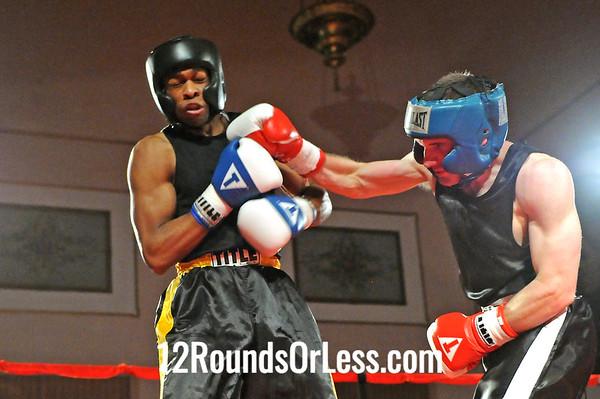 Bout 4 Antonio Leek, West Side BC, Cleveland -vs- Michael McClain, Old Angle BC, Cleveland,  160 lbs, Sub Novice