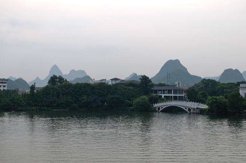 Im Stadtpark gibt es sieben Brücken, die berühmten Brücken nachempfunden sind.