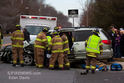 02-05-2012, MVC With Entrapment, Clayton, Gloucester County, Fries Mill Rd. and Deschler Blvd.