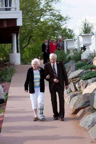 Nicole and Jeff Wedding May09--09052300232.jpg