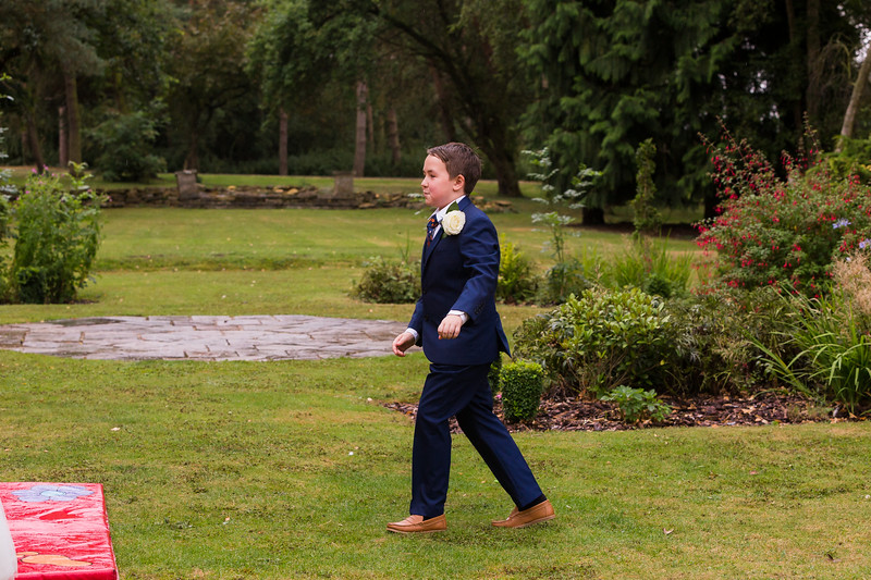 Sam_and_Louisa_wedding_great_hallingbury_manor_hotel_ben_savell_photography-0154.jpg