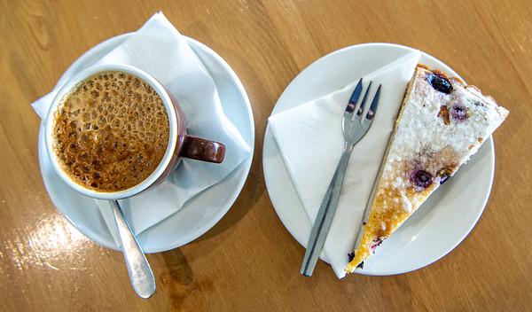 Bar & Cafe